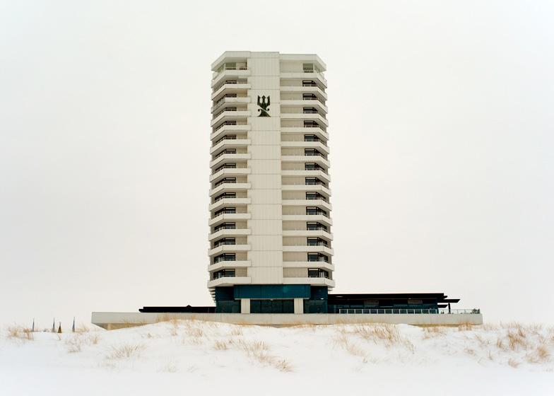 http://enricoduddeck.de/files/gimgs/26_hotel.jpg